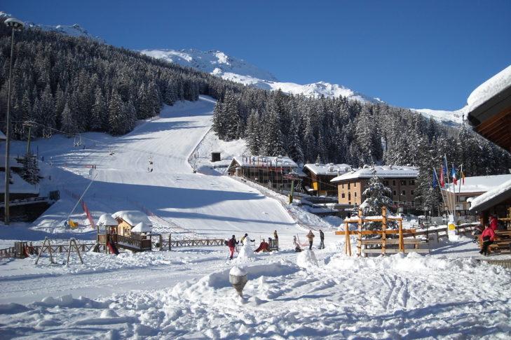 Skigebiet Santa Caterina Valfurva: Talnaher Pistenbereich in Santa Caterina.