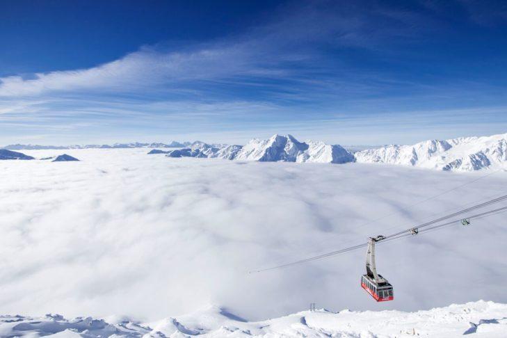 Mit der Gletscherbahn ins Skigebiet Schnalstaler Gletscher.