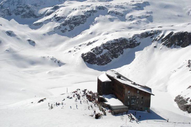Skigebiet Weißsee Gletscherwelt: Einkehrschwung auf der Hütte.