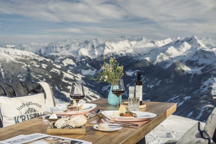 In der Kristallhütte erwartet die Gäste Genuss am Berg auf höchstem Niveau.