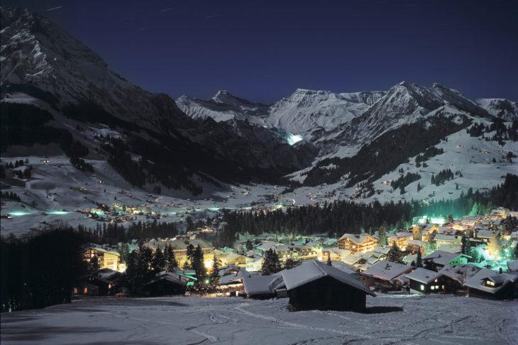 Blick auf das Dorf Adelboden.