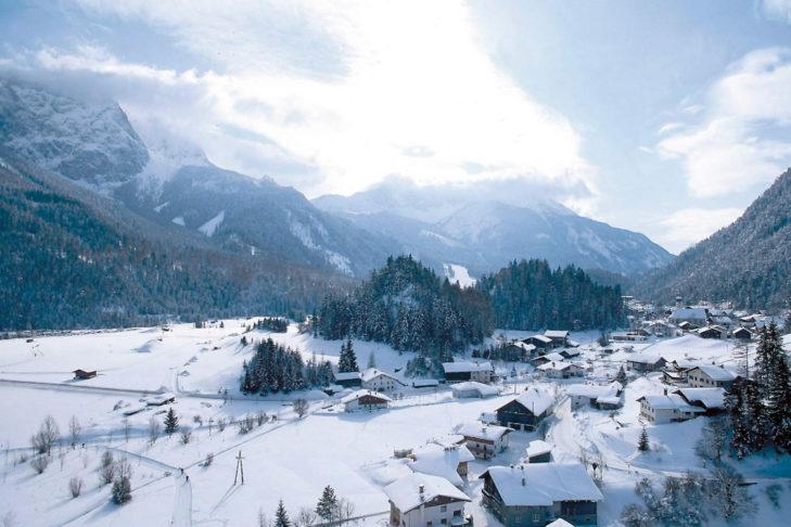 Panorama-Blick auf Biberwier.