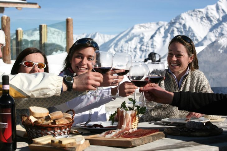 In Bormio genießen Wintersportler das italienische Dolce Vita.