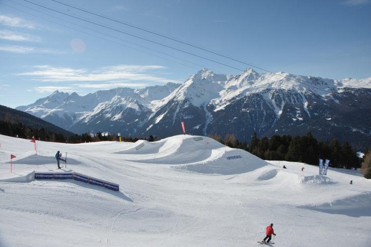 Kicker im Snowpark Bormio.