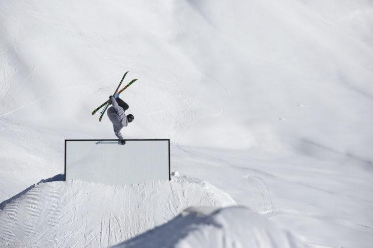 Freestyler im Snowpark Crowland.