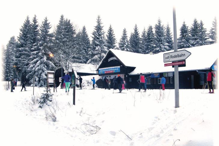 Skigebiet Freudenstadt-Kniebis: Blick auf die Liftstation.