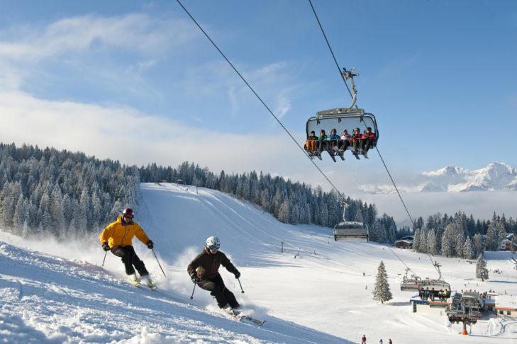 Buntes Treiben im Skigebiet Hinterstoder/Wurzeralm.