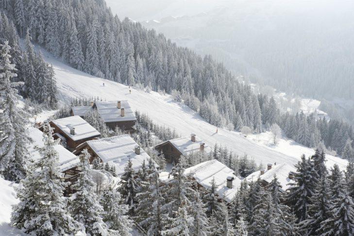 Verschneite Winterlandschaft in Méribel.