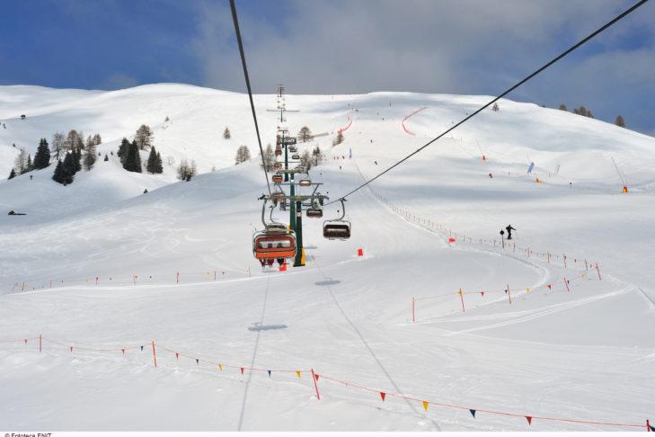 Piste im Skigebiet Alpe Lusia-San Pellegrino.