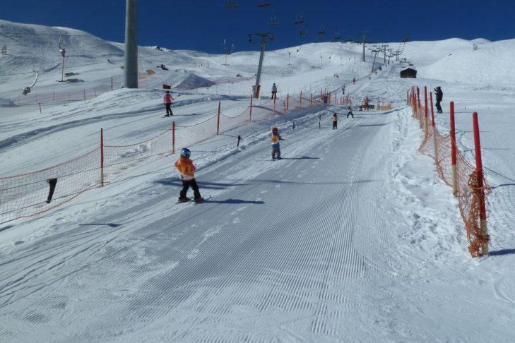 Im Skigebiet Sillian/Thurntaler können auch kleine Skifahrer ihre Schwünge üben.