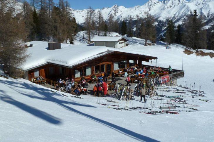 Skigebiet Sillian/Thurntaler: Stärkung auf der Hütte.
