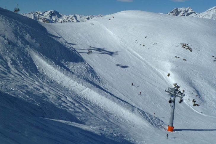 Blick über die Piste: Das Skigebiet Sillian/Thurntaler erstreckt sich bis auf 2.407 m Höhe.