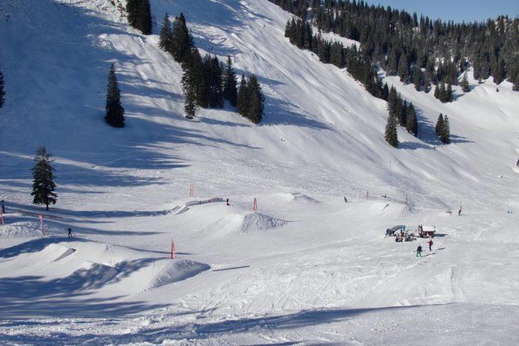 Der Snowpark im Skigebiet Spitzingsee-Tegernsee.