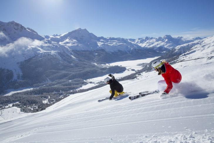 Carver im Skigebiet Corviglia oberhalb von St. Moritz.