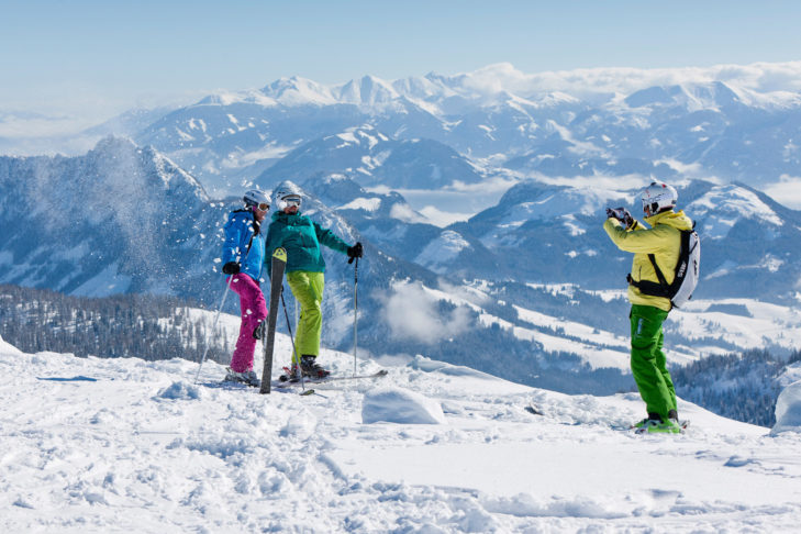 Fotoshooting im Skigebiet Tauplitz vor der herrlichen Kulisse des Salzkammerguts.