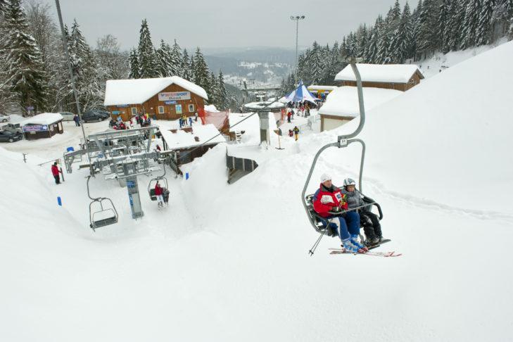 Klein, aber fein: Das Skigebiet Inselsberg.