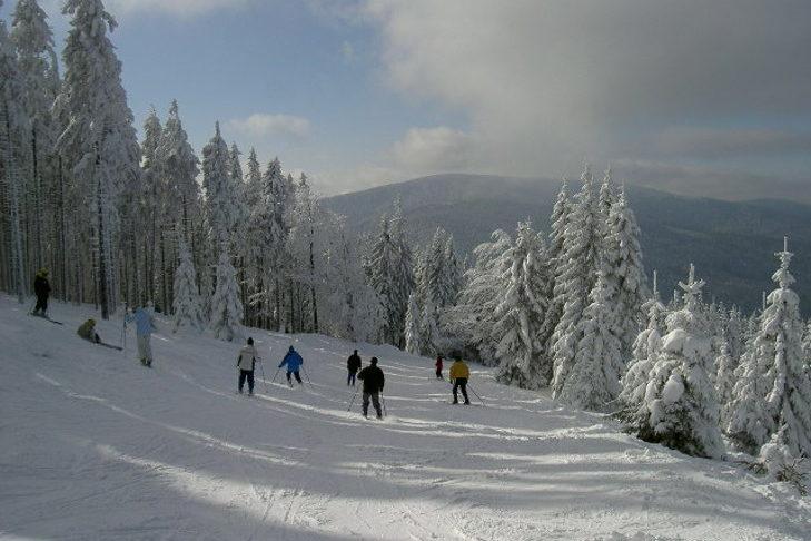Das Skigebiet Špičák Železná Ruda eignet sich besonders für Anfänger.