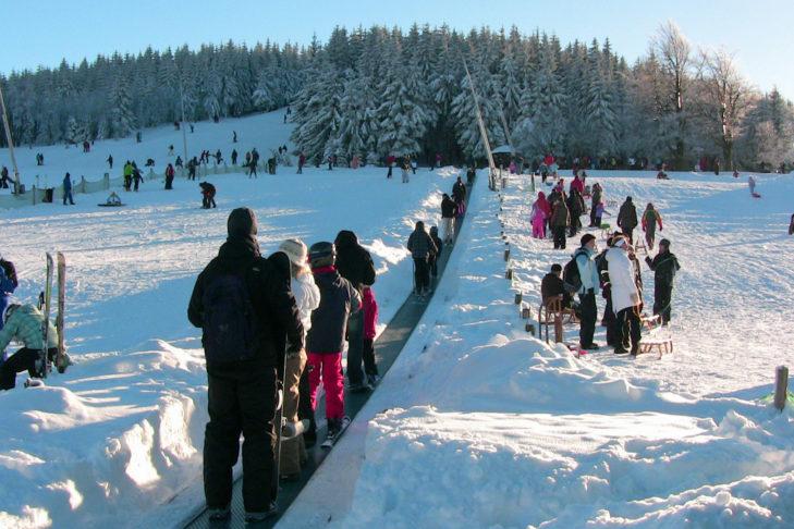 Skigebiet Altenberg: Der Zauberteppich ist gut frequentiert.
