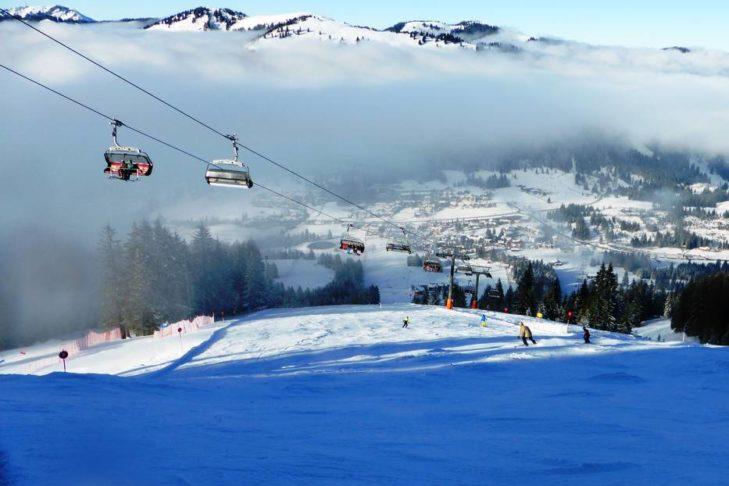 Im Skigebiet Oberjoch/Bad Hindelang warten rund 32 Pistenkilometer auf Wintersportler.