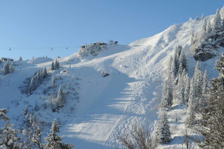 Steilpiste im Skigebiet am Brauneck.