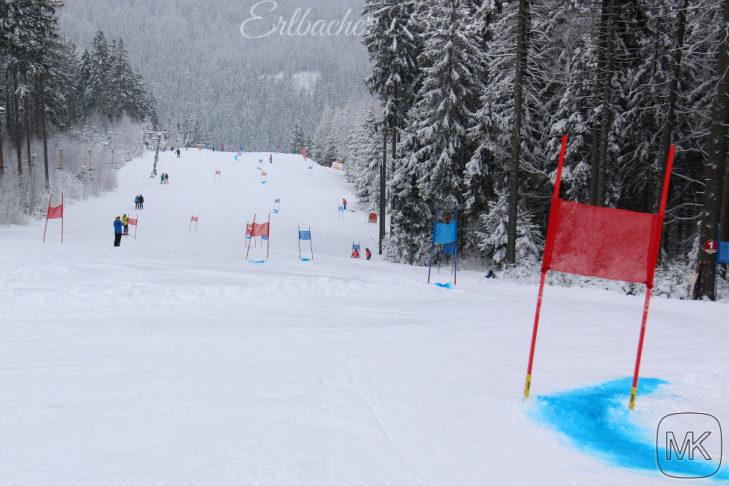 Rennstrecke im Skigebiet Erlbach-Kegelberg.