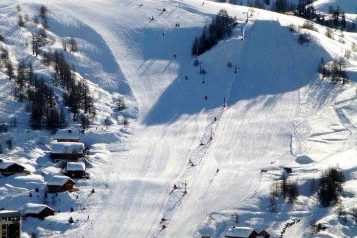120 Pistenkilometer erwarten Wintersportler im Skigebiet Isola 2000.