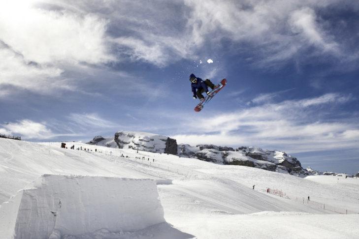 Freestyler kommen im Skigebiet Pinzolo nicht zu kurz.