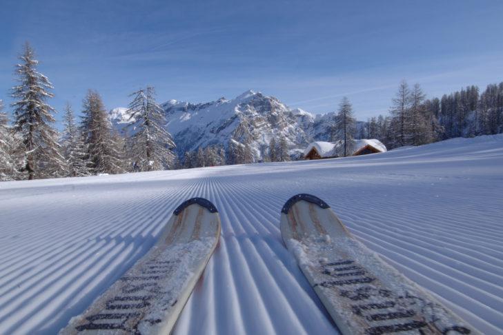 Bestens präparierte Piste im Skigebiet.