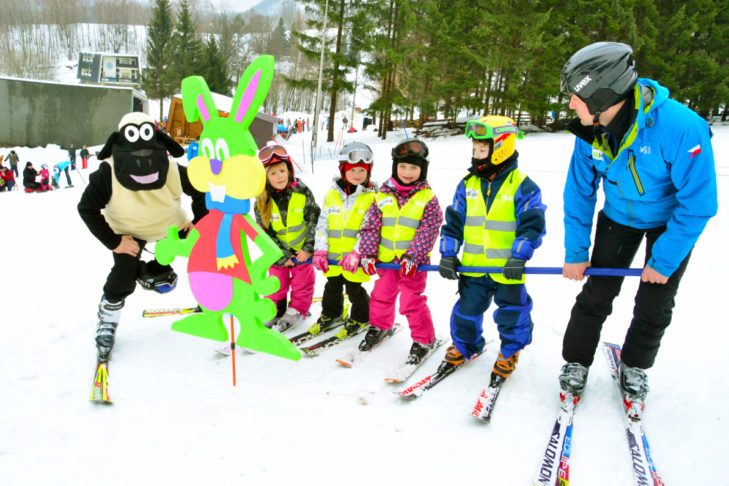 Pistenspaß für die Kleinsten im Skigebiet Jedlová bei Rumburg.