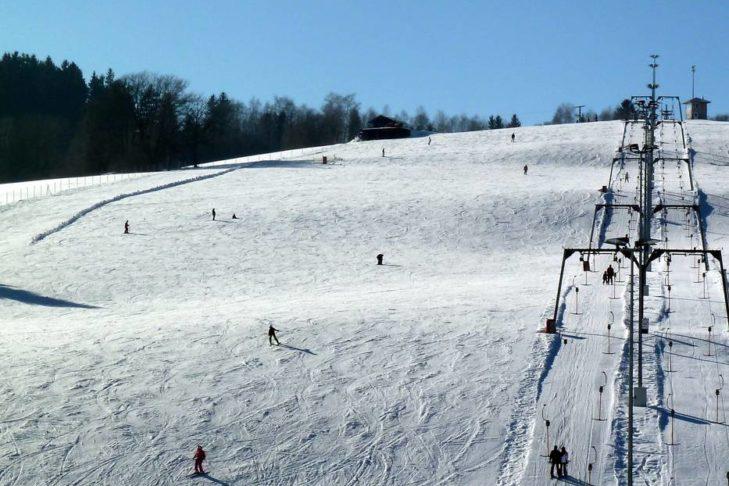 Das Skigebiet St. Englmar liegt im Naturpark Bayerischer Wald.