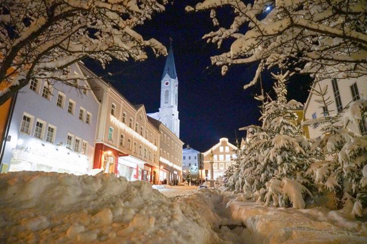 Winter-Stimmung im Stadtkern von Waldkirchen.