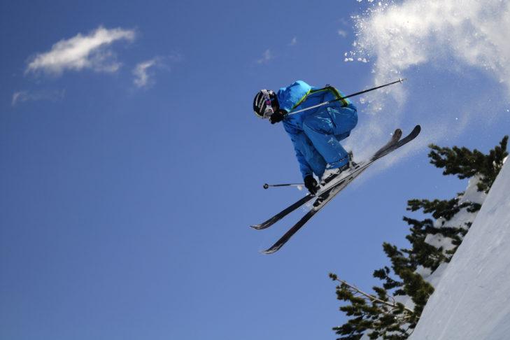 Ab in die Schweiz in die Skigebiete Oeschinensee & Sunnbüel!