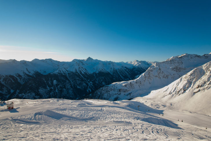 Traumhaftes Bergpanorama im Skigebiet Kappl.