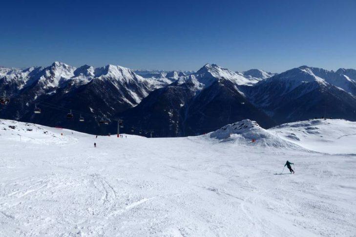 Im Skigebiet Schwemmalm gibt es breite Pisten für jede Könnerstufe,