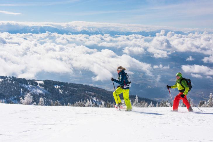 Winterwandern im Lavanttal bedeutet traumhafte Blicke auf die umliegende Bergwelt.