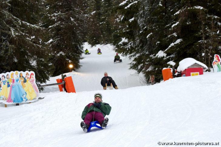 Rodelspaß im Skigebiet Simonhöhe.