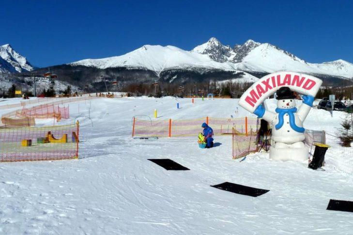 Im Maxiland im Skigebiet Starý Smokovec können die kleinsten Skifahrer üben.