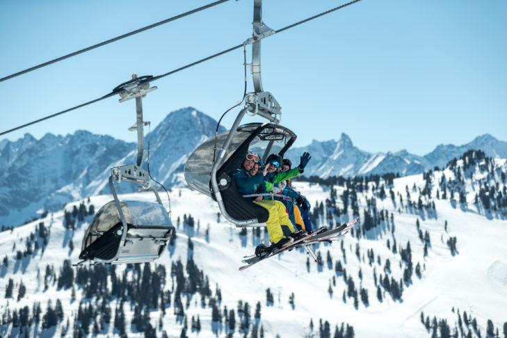 Skifahren im Frühjahr oder an Ostern verspricht meist Sonne satt.