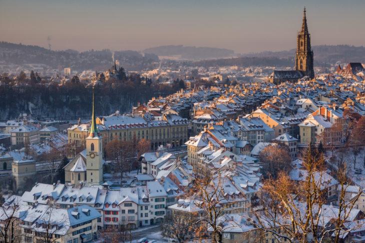 Winterliche Altstadt von Bern.