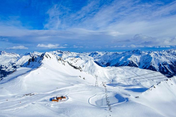 Lust auf dieses atemberaubende Panorama? Dann auf ins Skigebiet Davos Klosters!