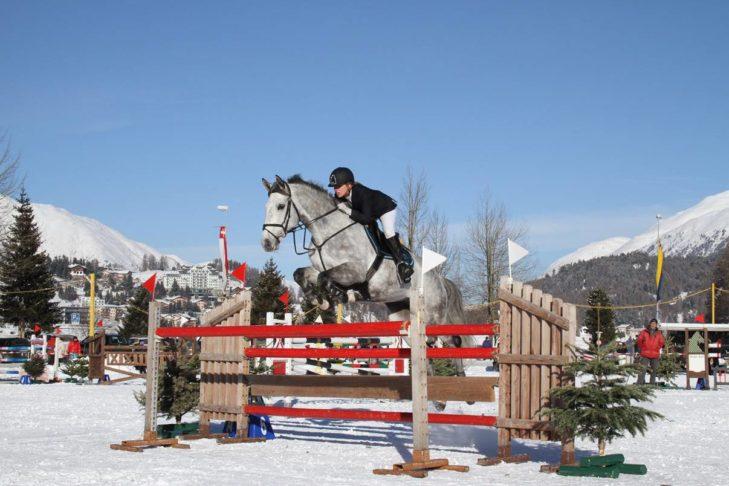 Concours Hippique in St. Moritz: Der Springsport in St. Moritz erfreut sich einer langjährigen Tradition.