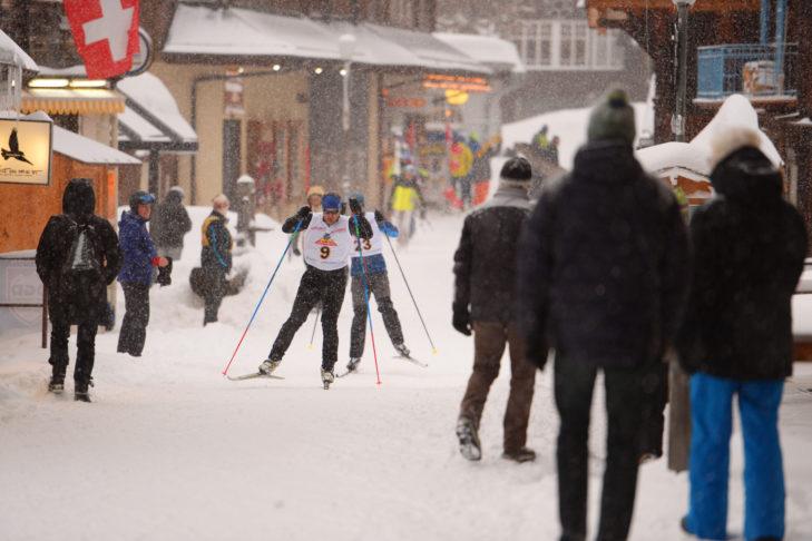 Das internationale Infernorennen in Mürren ist weltweit das größte Amateur-Skirennen - ein absolutes Top-Event.