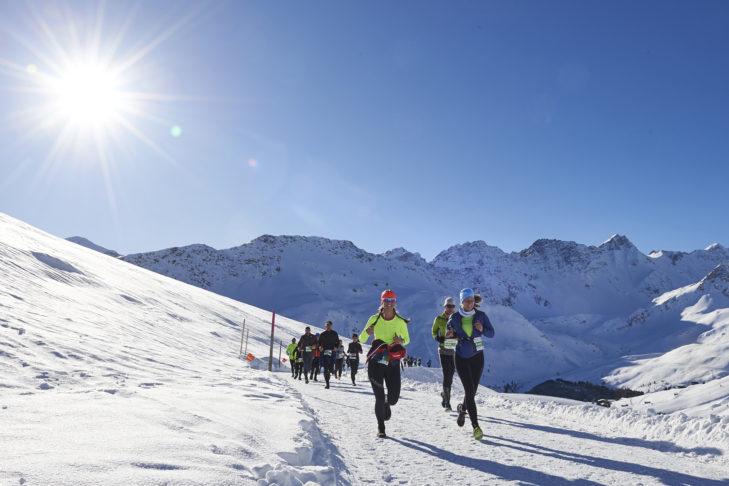 Top-Event: Der Snow Walk & Run durch die Schweizer Winterlandschaft.