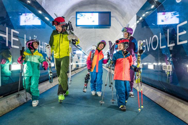 In Zermatt gibt es tolle Angebote für einen Skiurlaub mit Kindern.