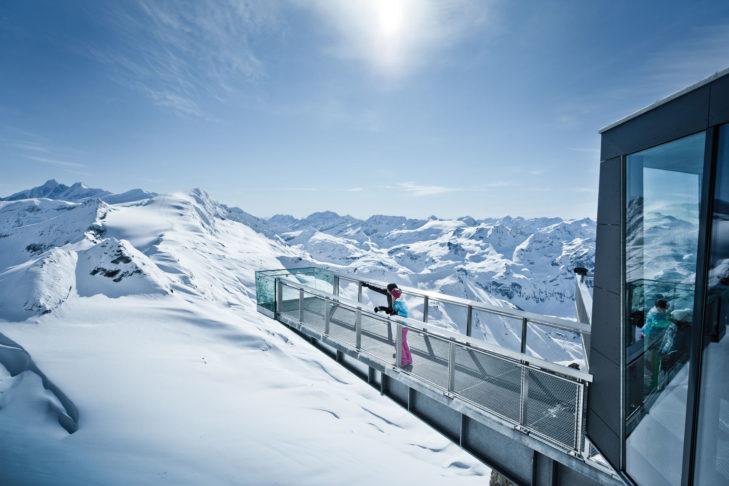 "Atemberaubender Ausblick am ""Top of Salzburg"" im Skigebiet am Kitzsteinhorn in Kaprun."