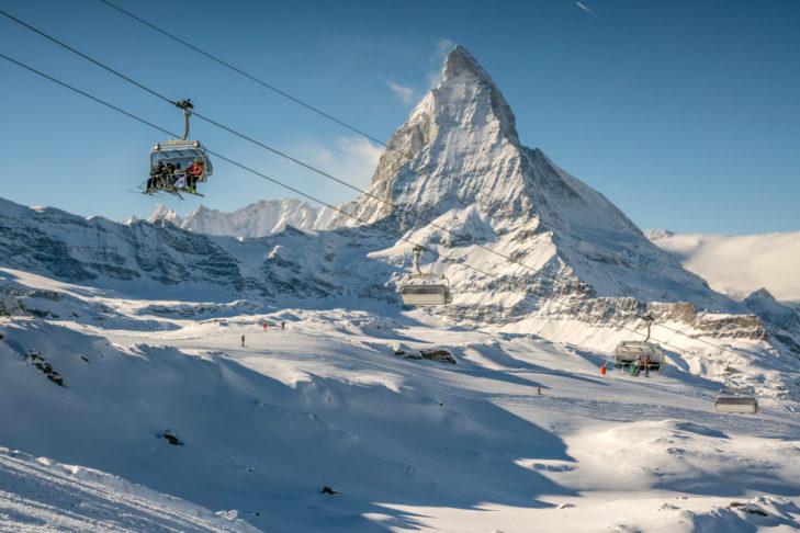 Zermatt ist ein beliebtes Wintersportziel für Promis. Bei diesem Ausblick gut zu verstehen.