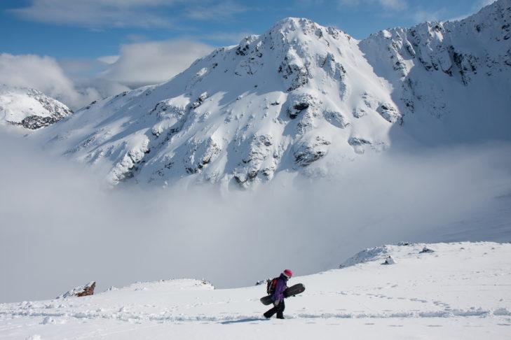 Skifahren in Neuseeland ist ein einzigartiges Erlebnis. Egal, ob auf oder neben der Piste.