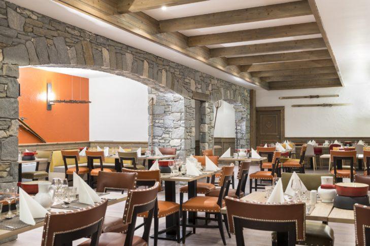 Der Club Med – Arcs Extrême ist ein Adults-Only Resort und besticht unter anderem mit seinem hervorragenden Restaurant.