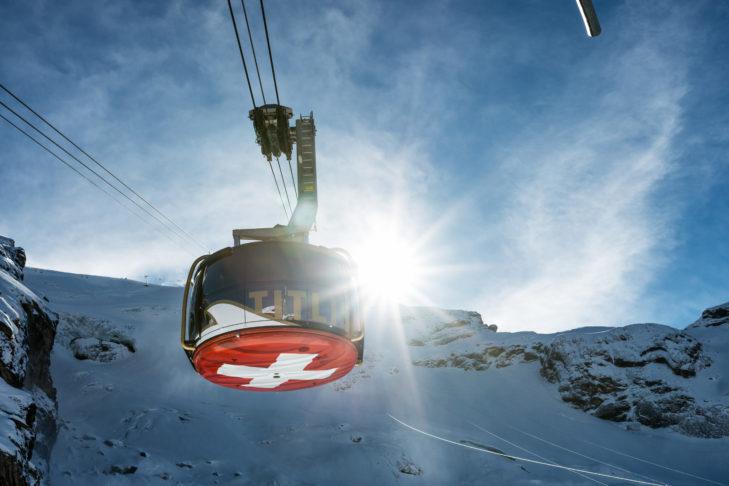 Die berühmte Titlis-Rotair-Gondel in Engelberg: Die rotierende Gondel ermöglicht Skifahrern einen 360-Grad-Blick.