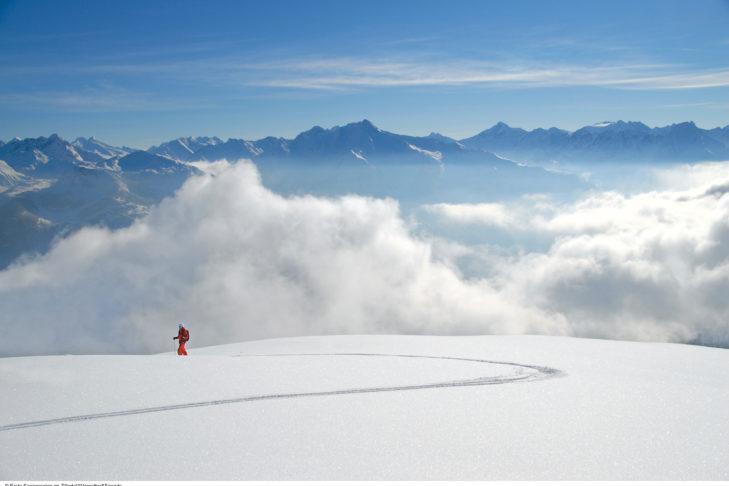 Das Zillertal bietet viele verschiedene Routen zum Winterwandern, ob oben am Berg oder unten im Tal.